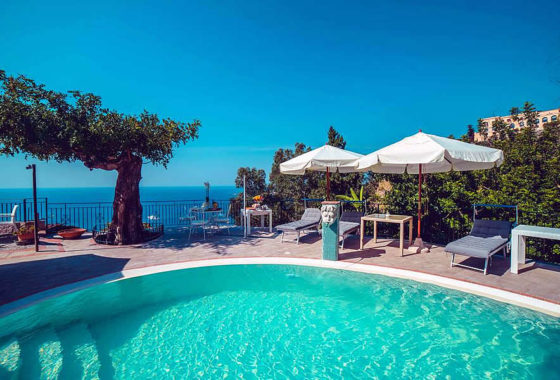 Taormina wheelchair accessible Hotel Sicily handicapped accommodation