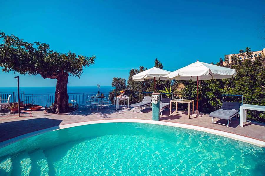 Taormina wheelchair accessible Hotel Sicily
